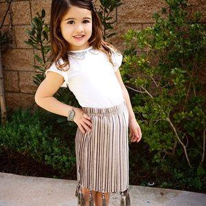 Other - Pleated Taupe Velvet Skirt w Tassels😍
